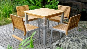 Collection Alloy Casting Laris A Dining Set