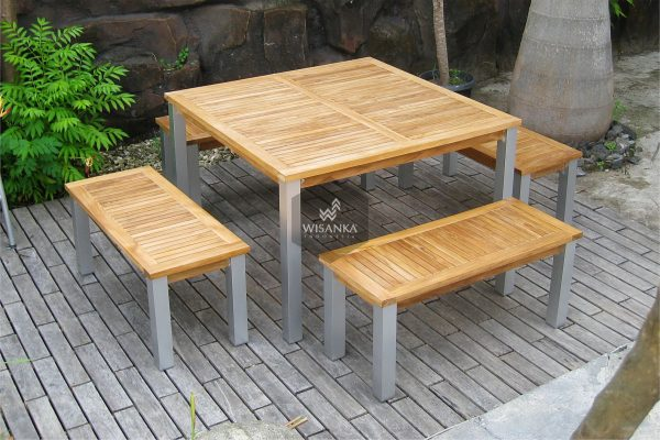 Collection Alloy Casting Laris Bench Dining Set