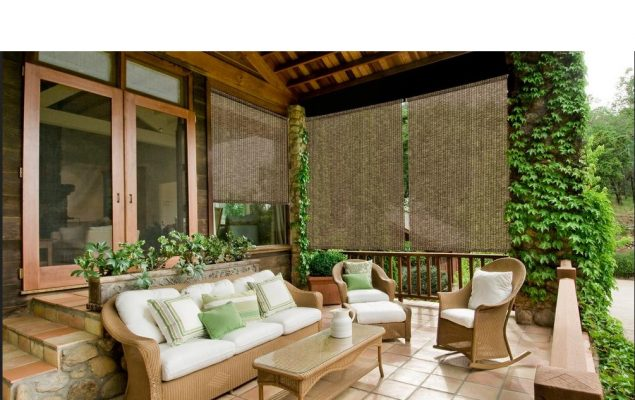 How to Choose the Right Outdoor Blinds for Your Home's Style